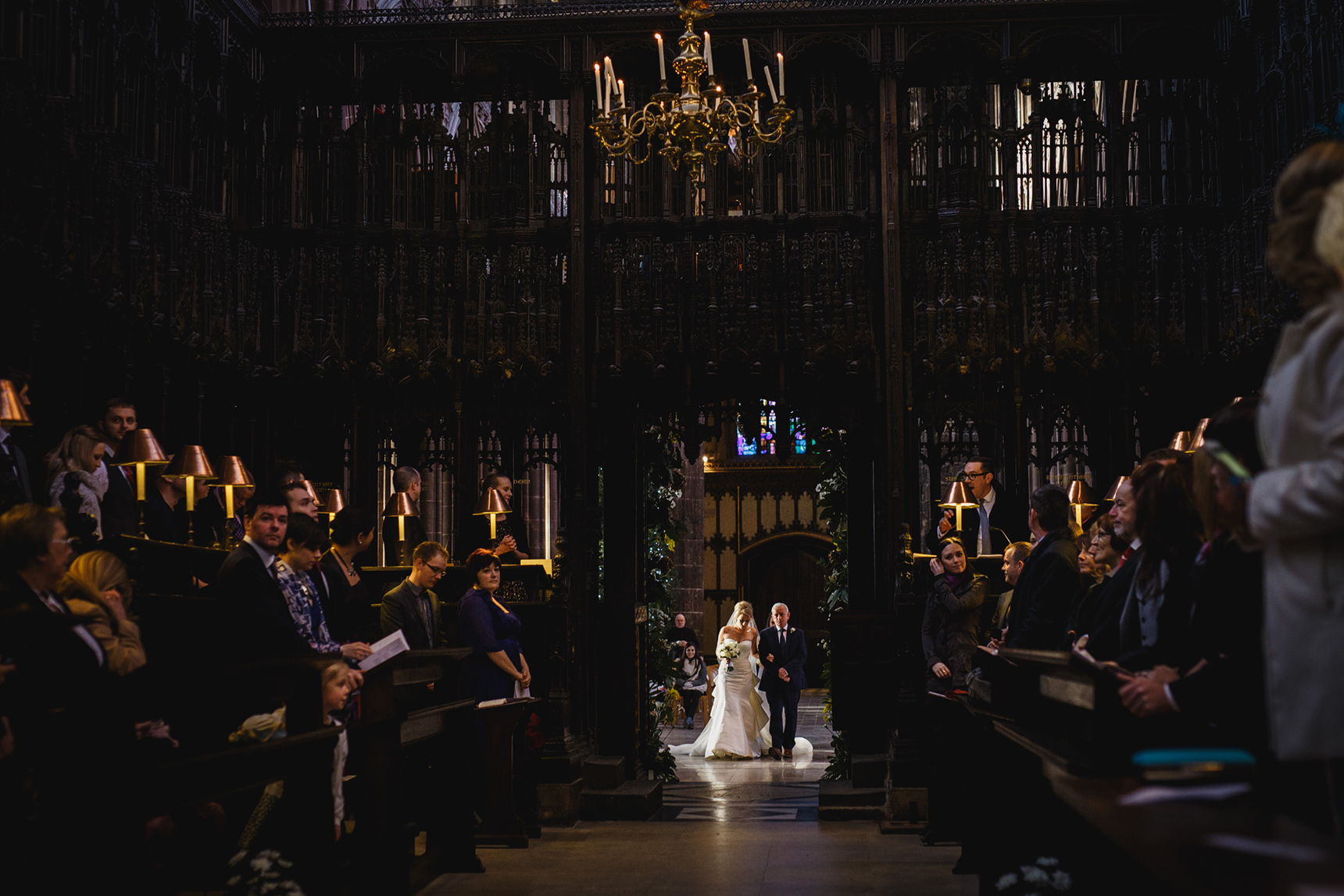 wedding photography Manchester Cathedral