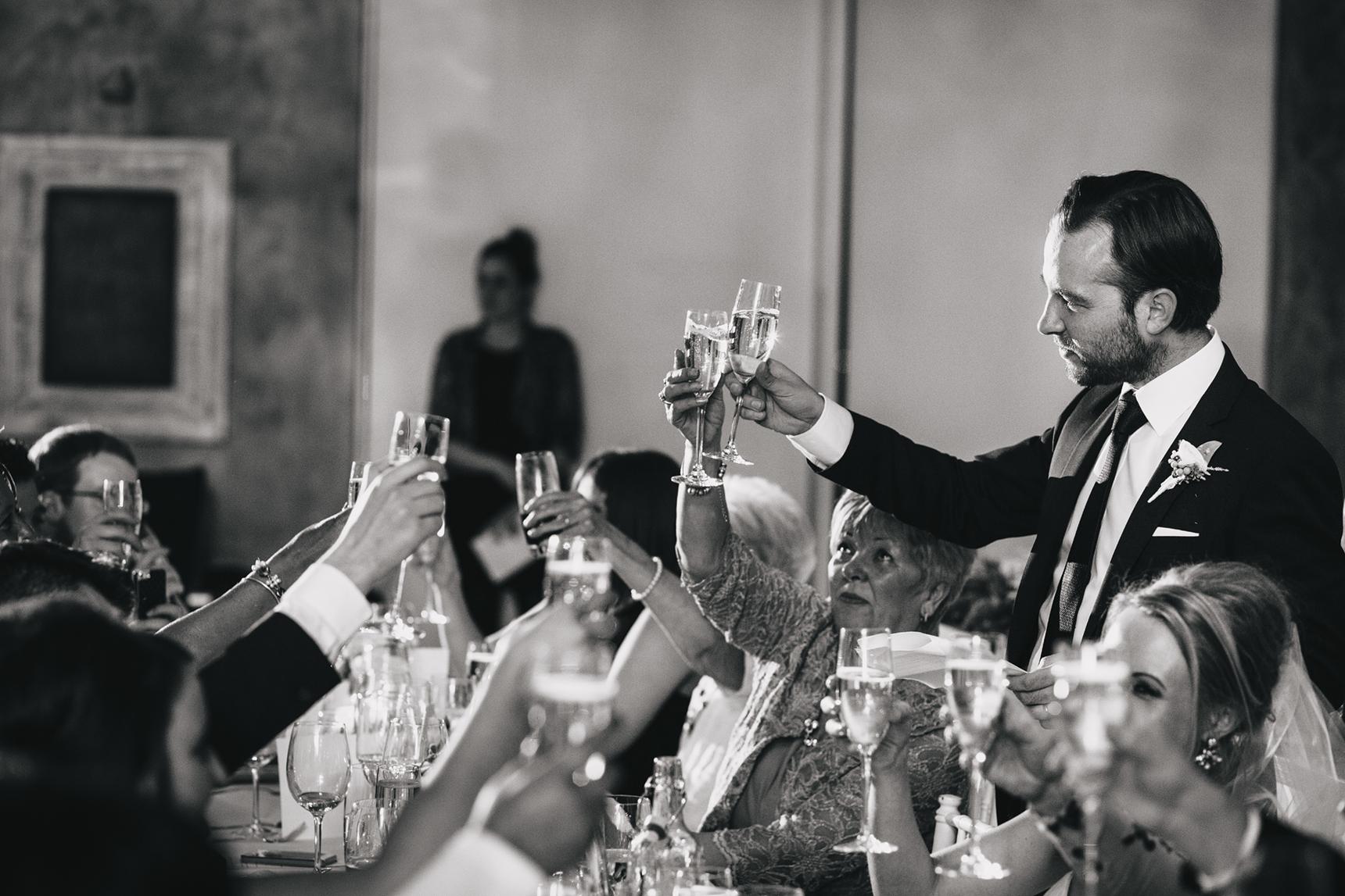 wedding photographer On the 7th