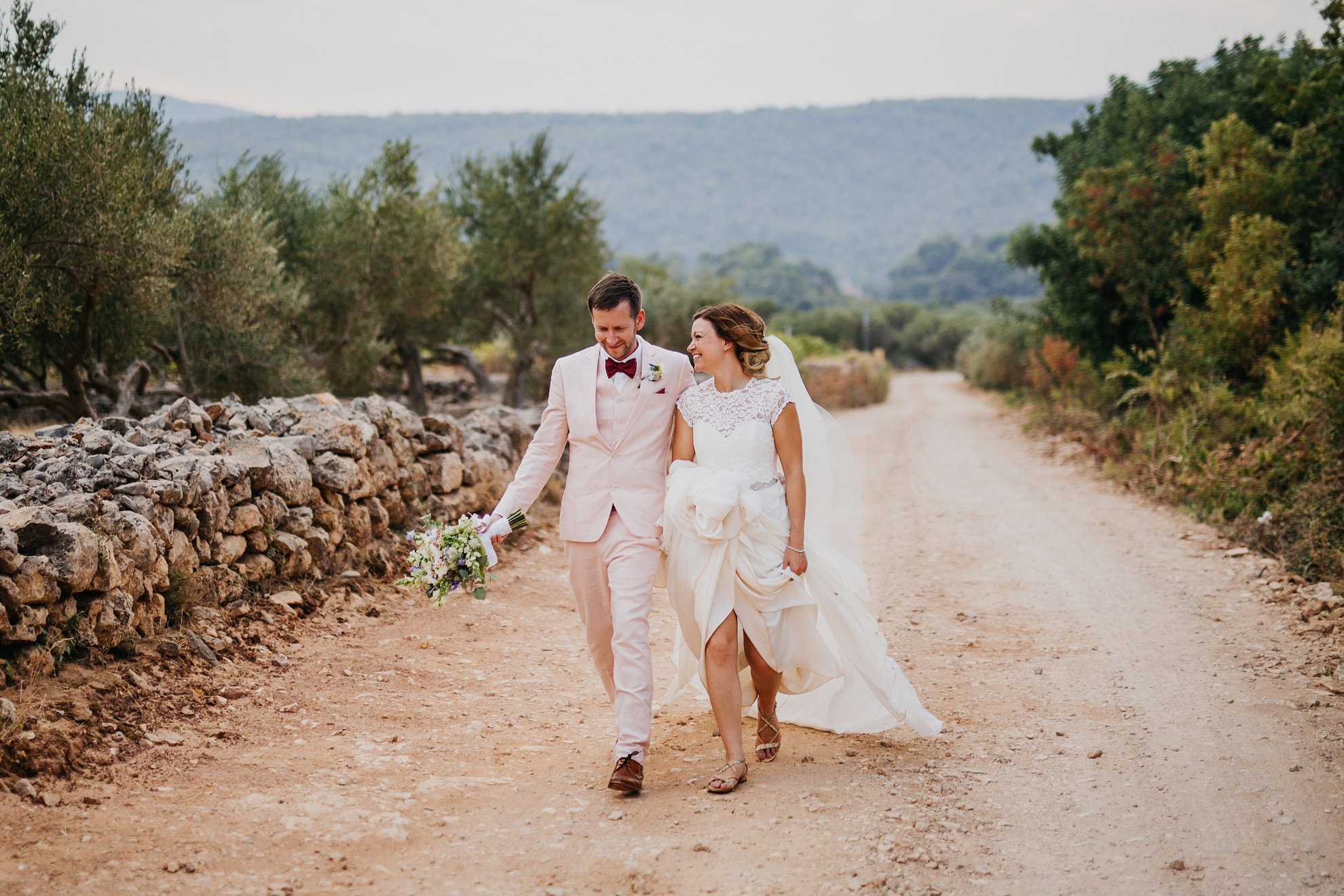 destination wedding photographer hvar