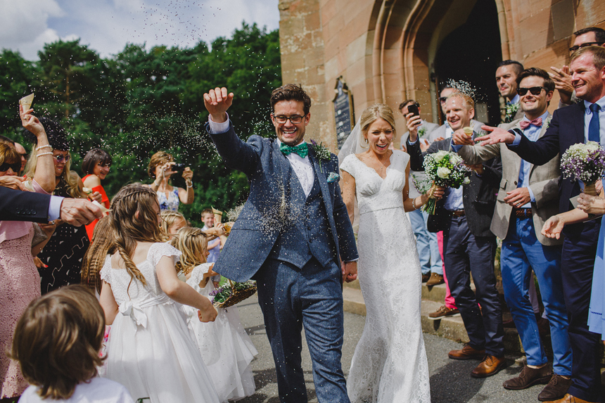 Bromsgrove wedding photographer church confetti
