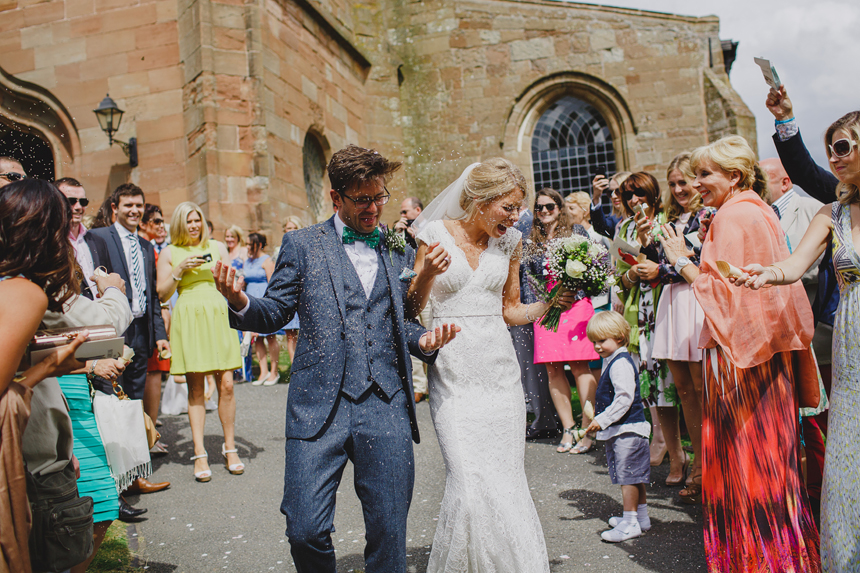 Bromsgrove wedding photographer church confetti