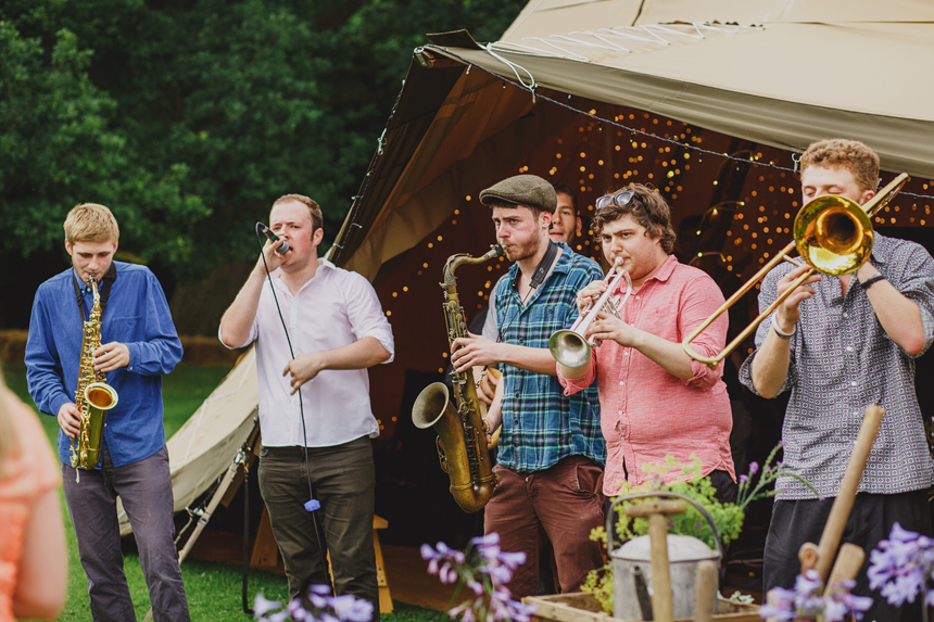 Bromsgrove wedding photographer reggae band