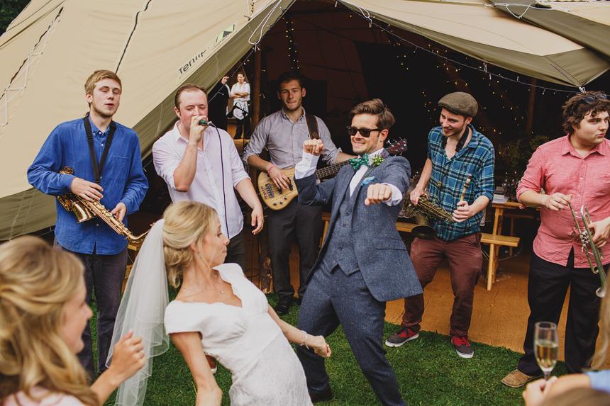 Bromsgrove wedding photographer reggae band