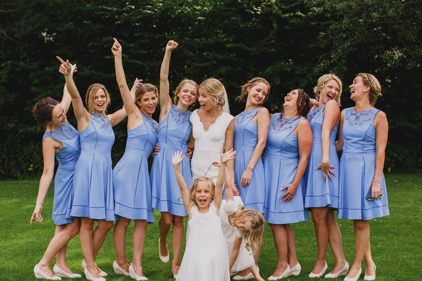 Midlands wedding photographer bridesmaids