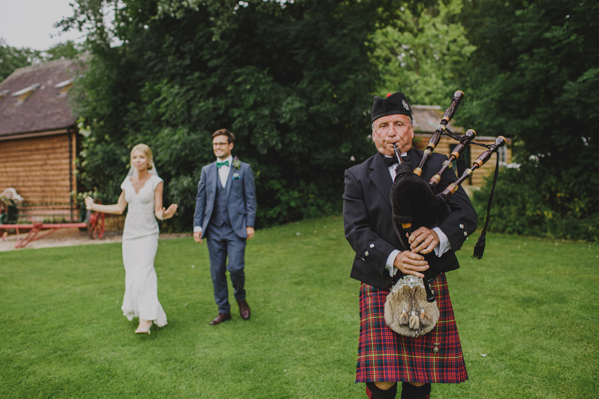 West Midlands wedding photographer bride groom bagpipes